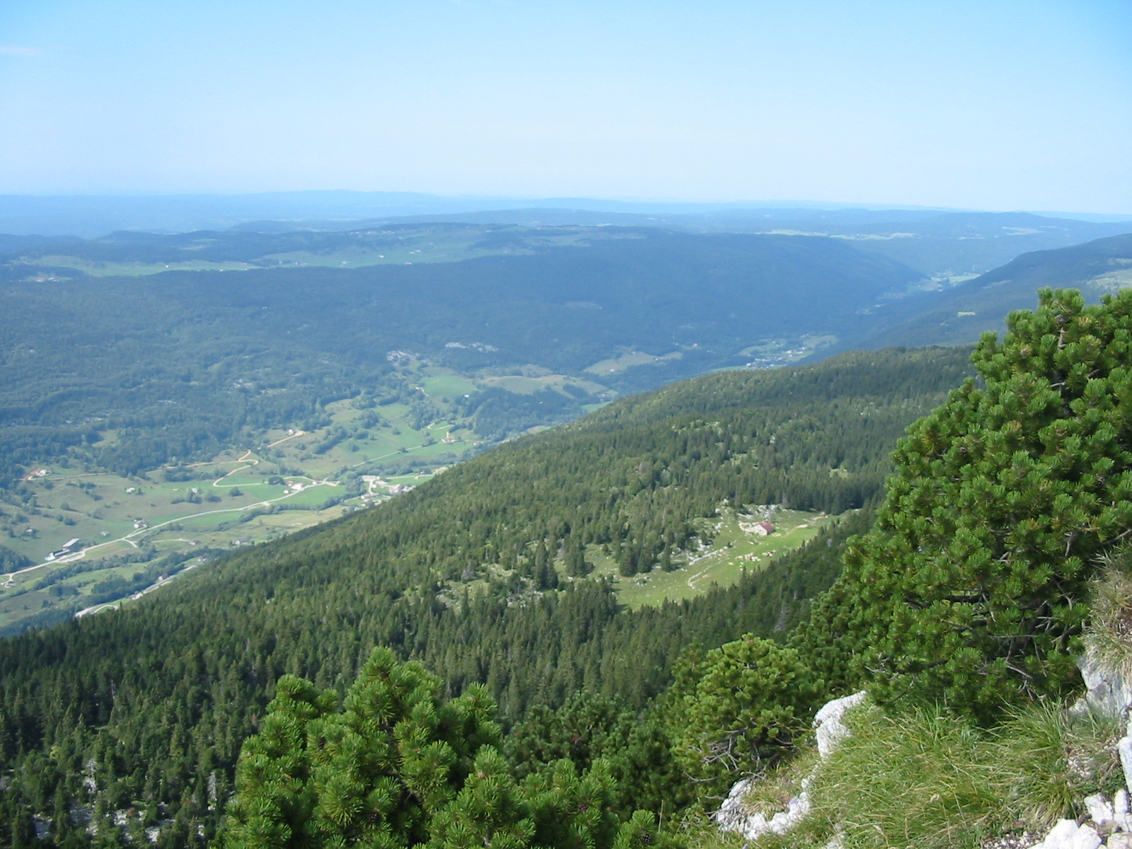 058-00-Jura_Mountains